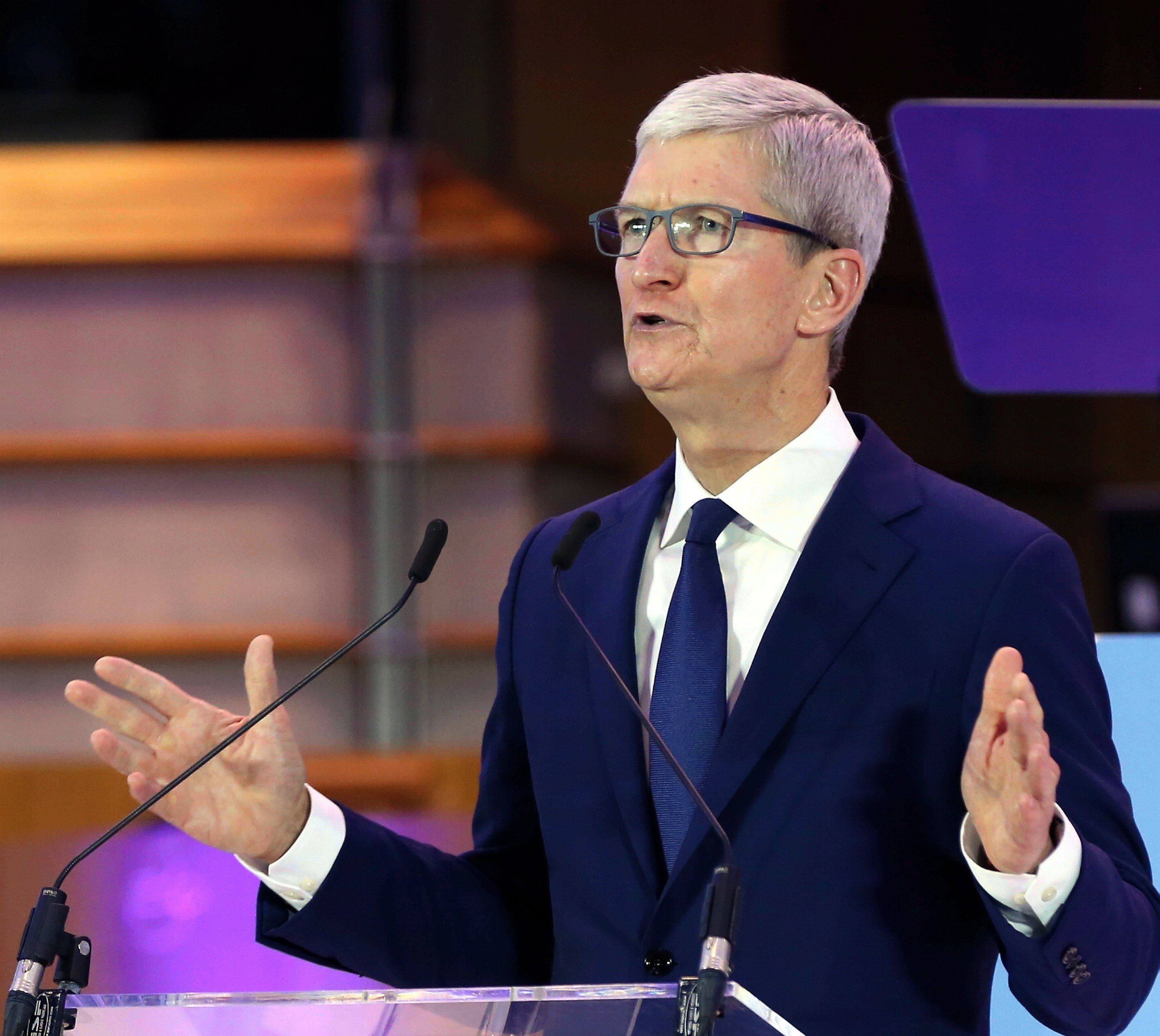 Tim Cook, chief executive of Apple, addressing the International Conference of Data Protection and Privacy Commissioners in Brussels.