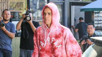 LOS ANGELES, CA - OCTOBER 24: Justin Bieber is seen on October 24, 2018 in Los Angeles, California.  (Photo by BG005/Bauer-Griffin/GC Images)