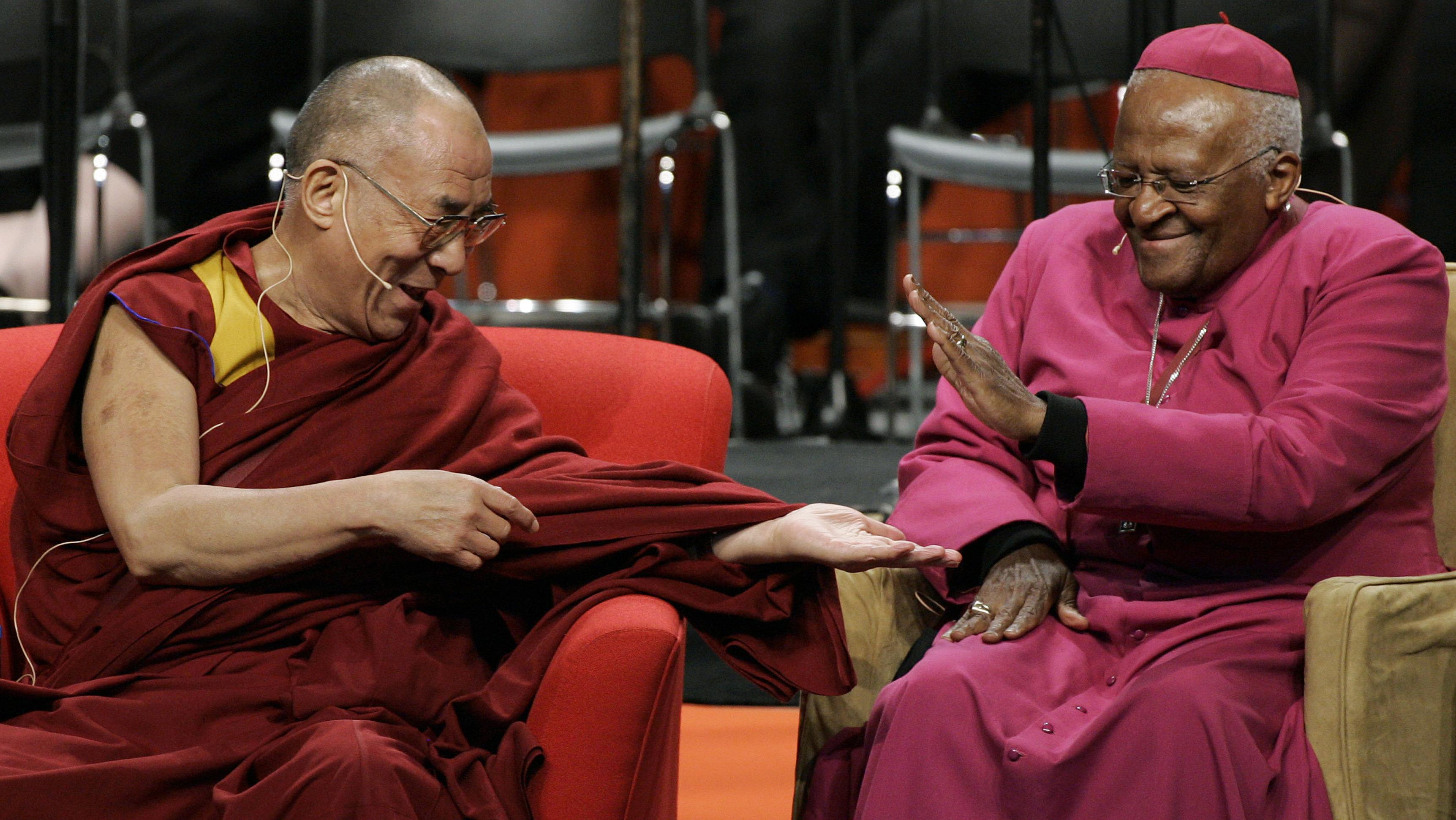 Όταν ο Δαλάι Λάμα και ο Ντέσμοντ Τούτου μίλησαν για τη χαρά της