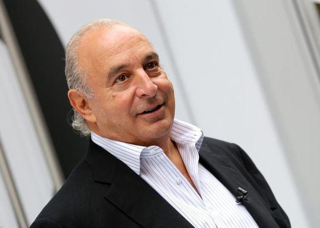 Βρετανία: Κατονομάστηκε ο δισεκατομμυριούχος που κατηγορείται για σεξουαλική
