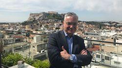 Νίκος Βατόπουλος: Ο ρομαντικός περιηγητής της Αθήνας