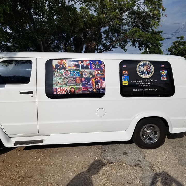A van used by Sayoc, covered in stickers supporting President Donald Trump and criticizing Democratic officials.