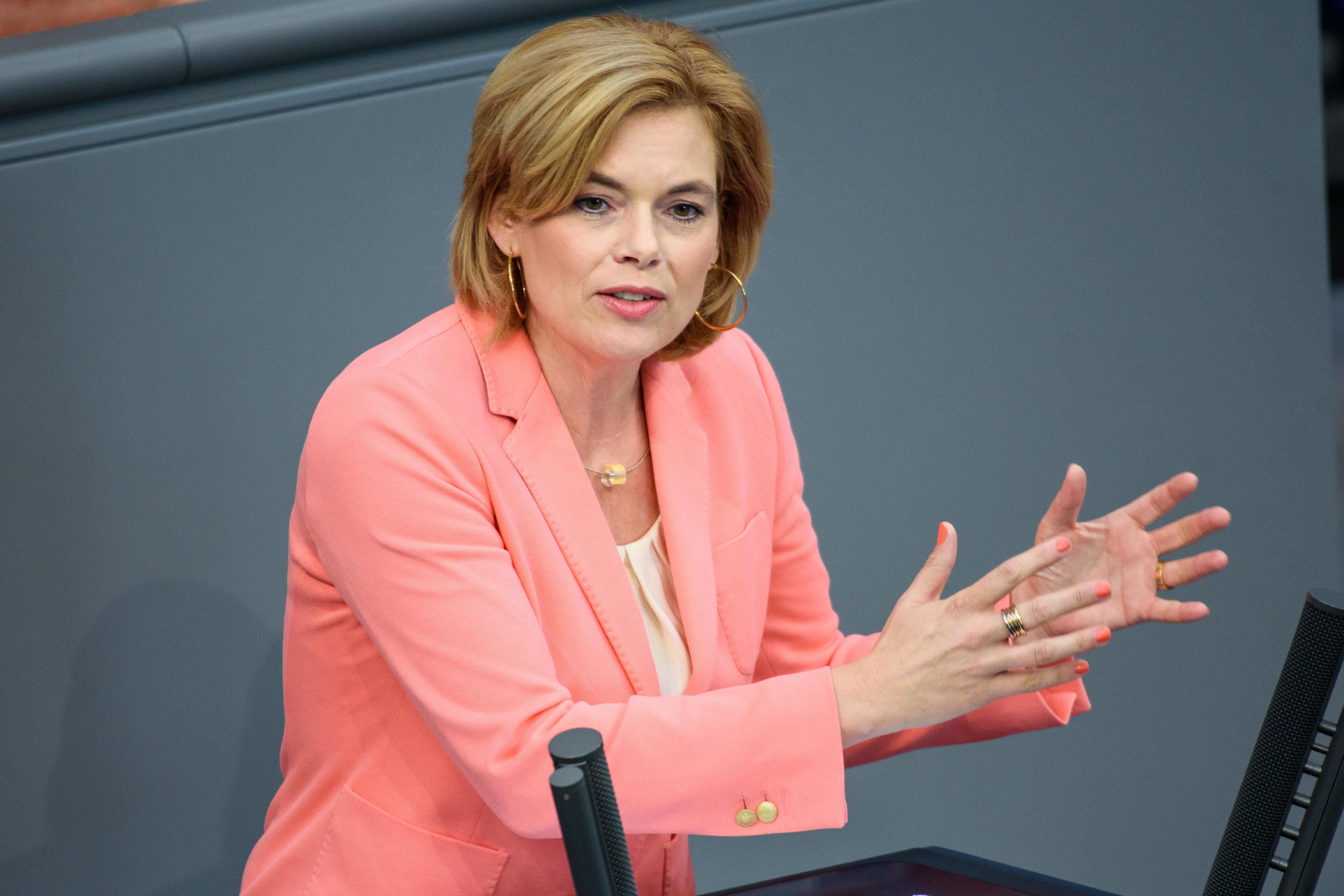 Angriff auf Gummibärchen und Co.: Ernährungsministerin Klöckner droht