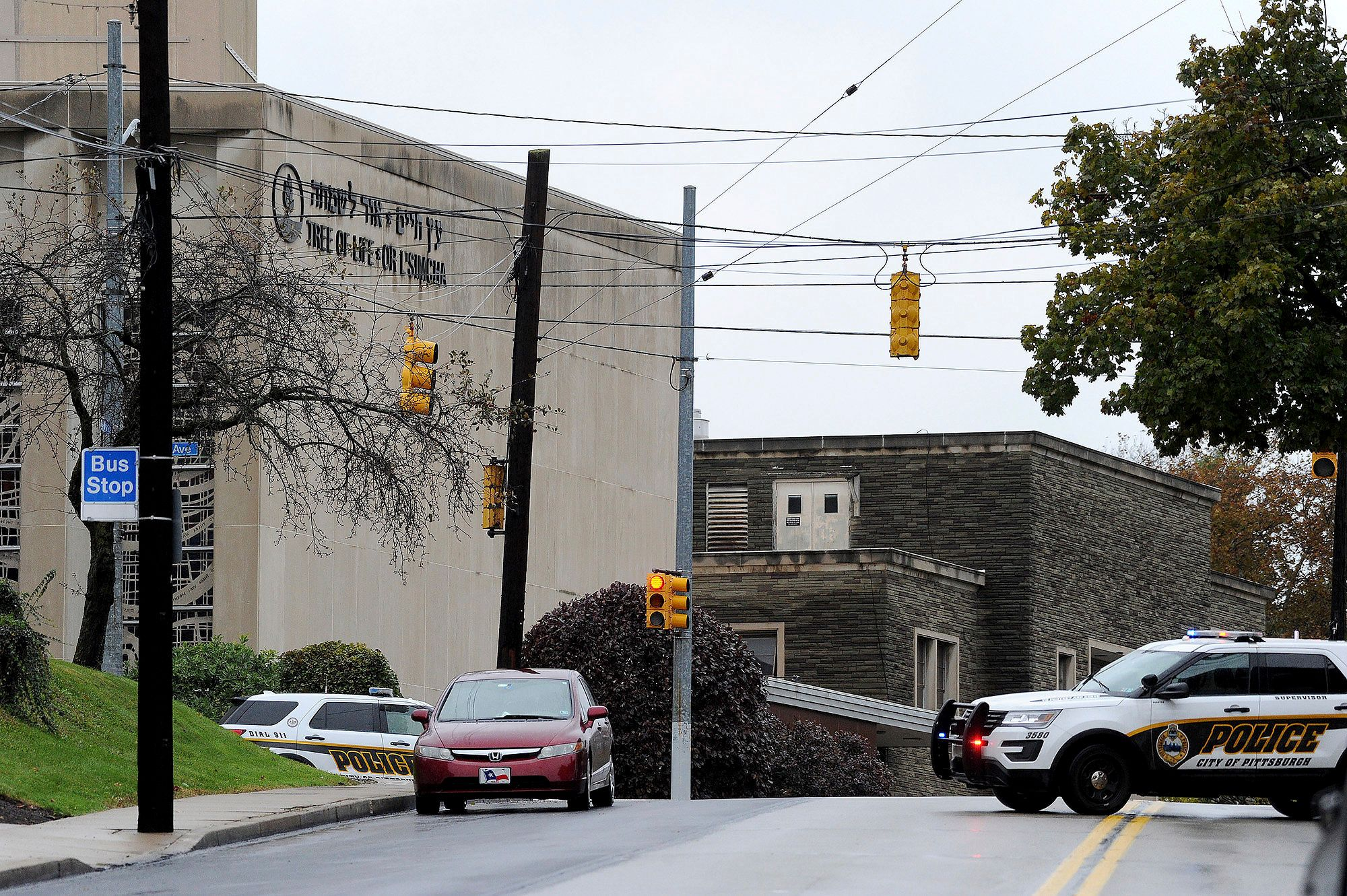 Active shooter situation at the Tree of Life synagogue on Wildins Avenue in the Squirrel Hill neighborhood on Saturday, October 27, 2018 in Pittsburgh. (Photo: Pam Panchak/Post-Gazette via AP)