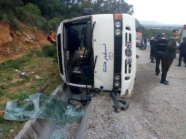 Renversement d'un bus transportant des joueuses de l'équipe de volley-ball de