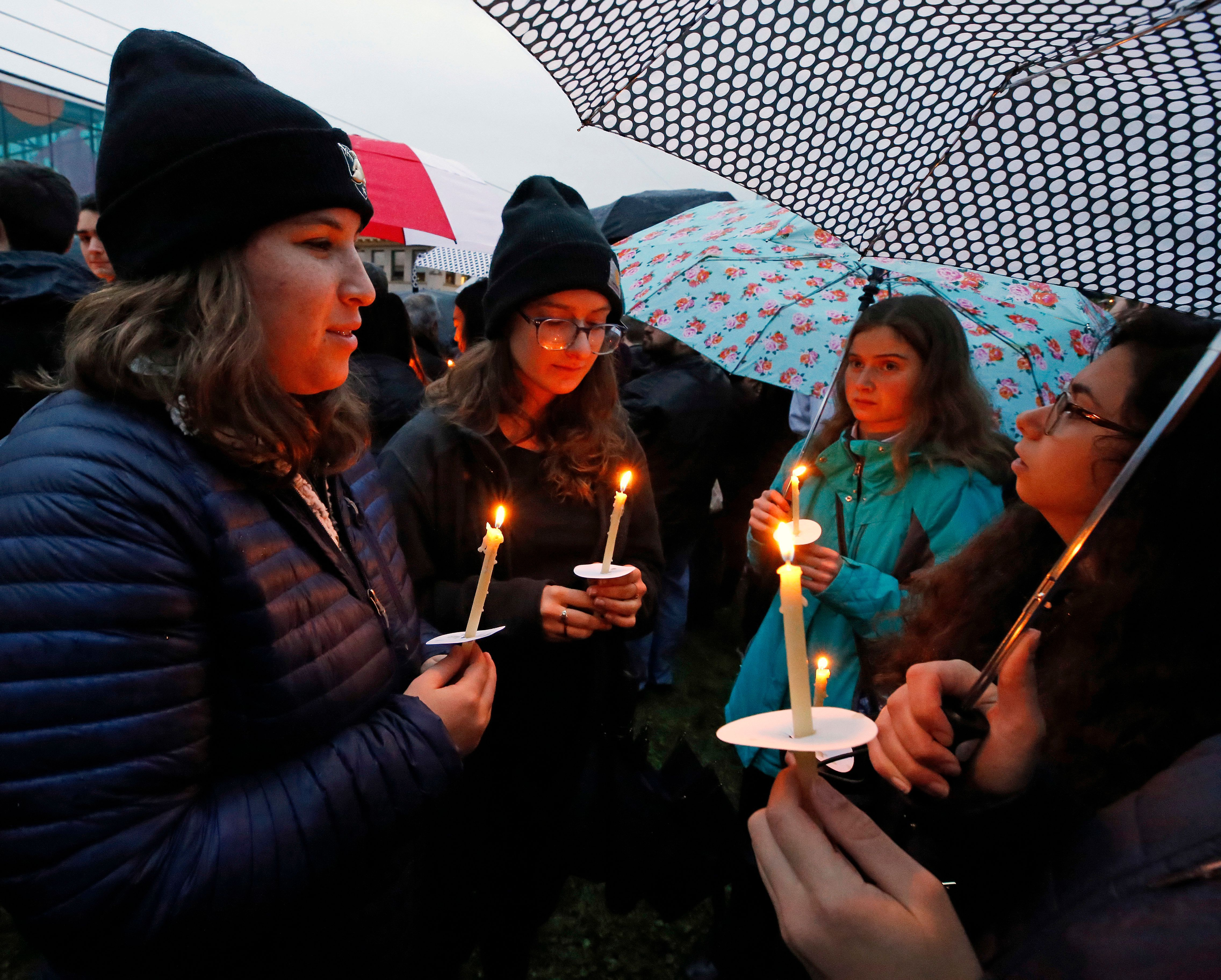 Pittsburgh Synagogue Shooting Victims Include 2 Brothers, Husband &