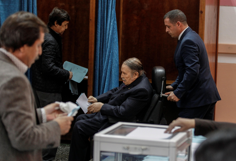 Bouteflika déclaré officiellement candidat du FLN aux Présidentielles de