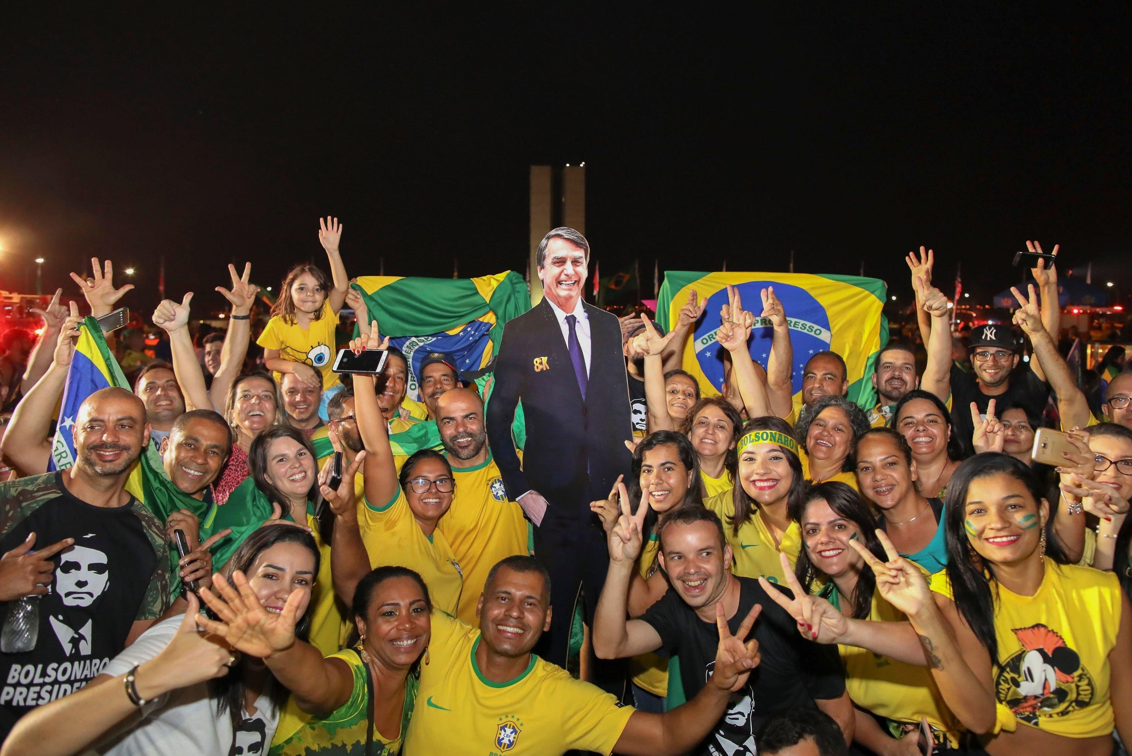 브라질에서 '극우파 스타'가 대통령에