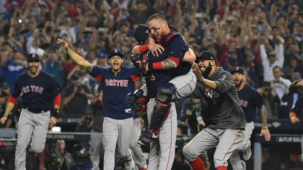 The Boston Red Sox celebrate after winning the World Series. (USA TODAY Sports)