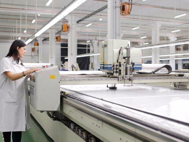 Στα άδυτα του Zara: Ετσι φτιάχνονται τα ρούχα που κυρίευσαν τον