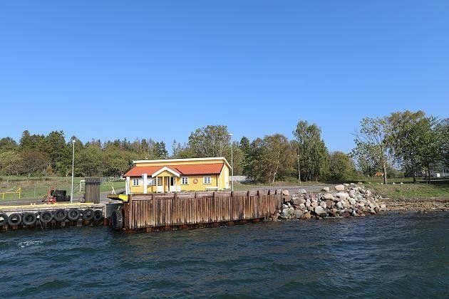Handy, Strand, eigene Häuser: Norwegen schickt Mörder auf Trauminsel – und hat damit
