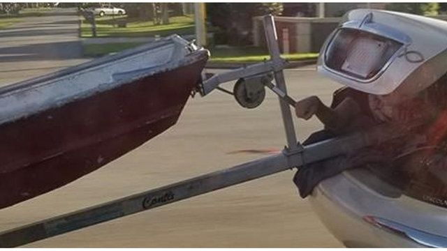 Florida man becomes human boat trailer hitch