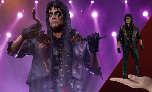 "Alice Cooper probably fits in better with Halloween than Christmas, but this <a href=""https://www.sideshowtoy.com/collectible"