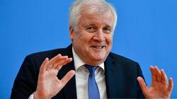 Nach Merkel-Rückzug: Unions-Politiker drängen CSU-Chef Seehofer zu