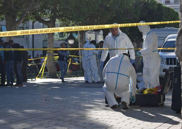 Attentat de l'avenue Bourguiba: 15 policiers et 5 civils blessés dont deux enfants selon le porte-parole...