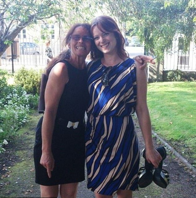 Michelle Savage (right) and her mother Heather