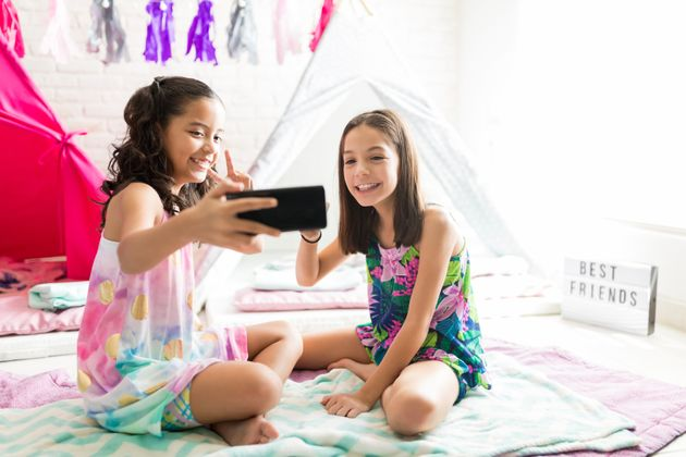 Les enfants et les smartphones: Un jeu