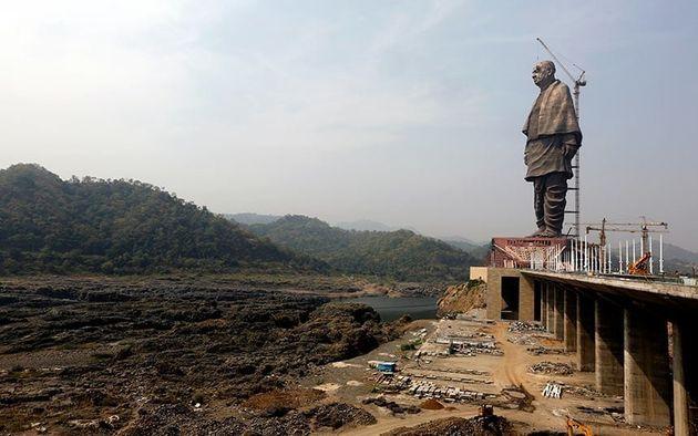 Αυτό είναι πλέον το ψηλότερο άγαλμα του κόσμου: Πού βρίσκεται και ποιον