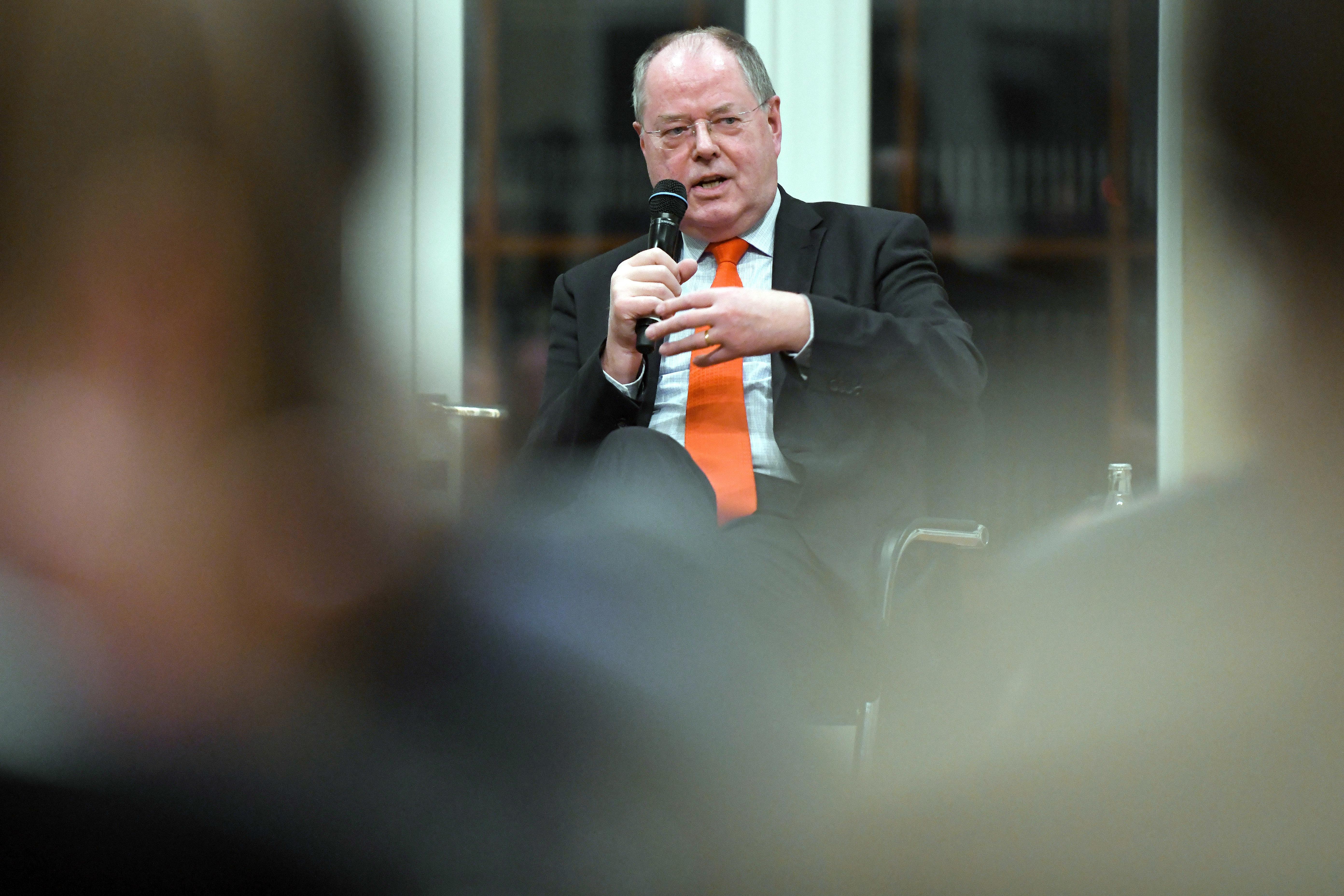 SPD-Politiker Steinbrück fordert radikalen Wechsel an der