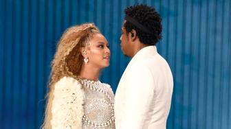 EAST RUTHERFORD, NJ - AUGUST 02:  Beyonce and Jay-Z perform on stage during the 'On the Run II' tour at MetLife Stadium on August 2, 2018 in East Rutherford, New Jersey.  (Photo by Kevin Mazur/Getty Images for Parkwood Entertainment)