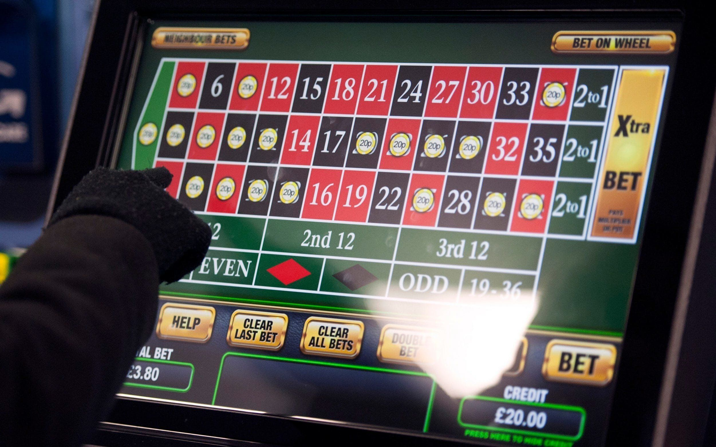 Sports Minister quits amid row over gambling machine stakes