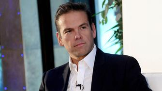 21st Century Fox executive chairman Lachlan Murdoch defended Fox News and gave a glimpse of the vision for New Fox during a wide-ranging Q&A Thursday with Andrew Ross Sorkin at the New York Times' Dealbook conference. Murdoch also weighed in on the fate of Megyn Kelly as she departs NBC News and the hiring of […]