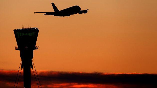 Λονδίνο: Πιλότος ετοιμαζόταν για πτήση έχοντας πιει δέκα φορές πάνω από το επιτρεπόμενο