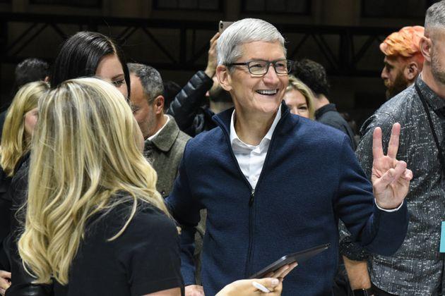 누구도 예상하지 못했던 애플의 이 발표가 모두를 혼란에