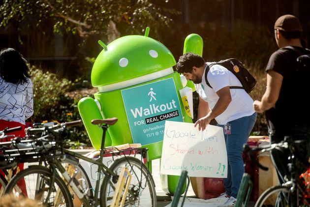 '직장 성폭력'에 항의해 동맹 파업을 벌인 전 세계 구글 직원들의 강렬한 모습