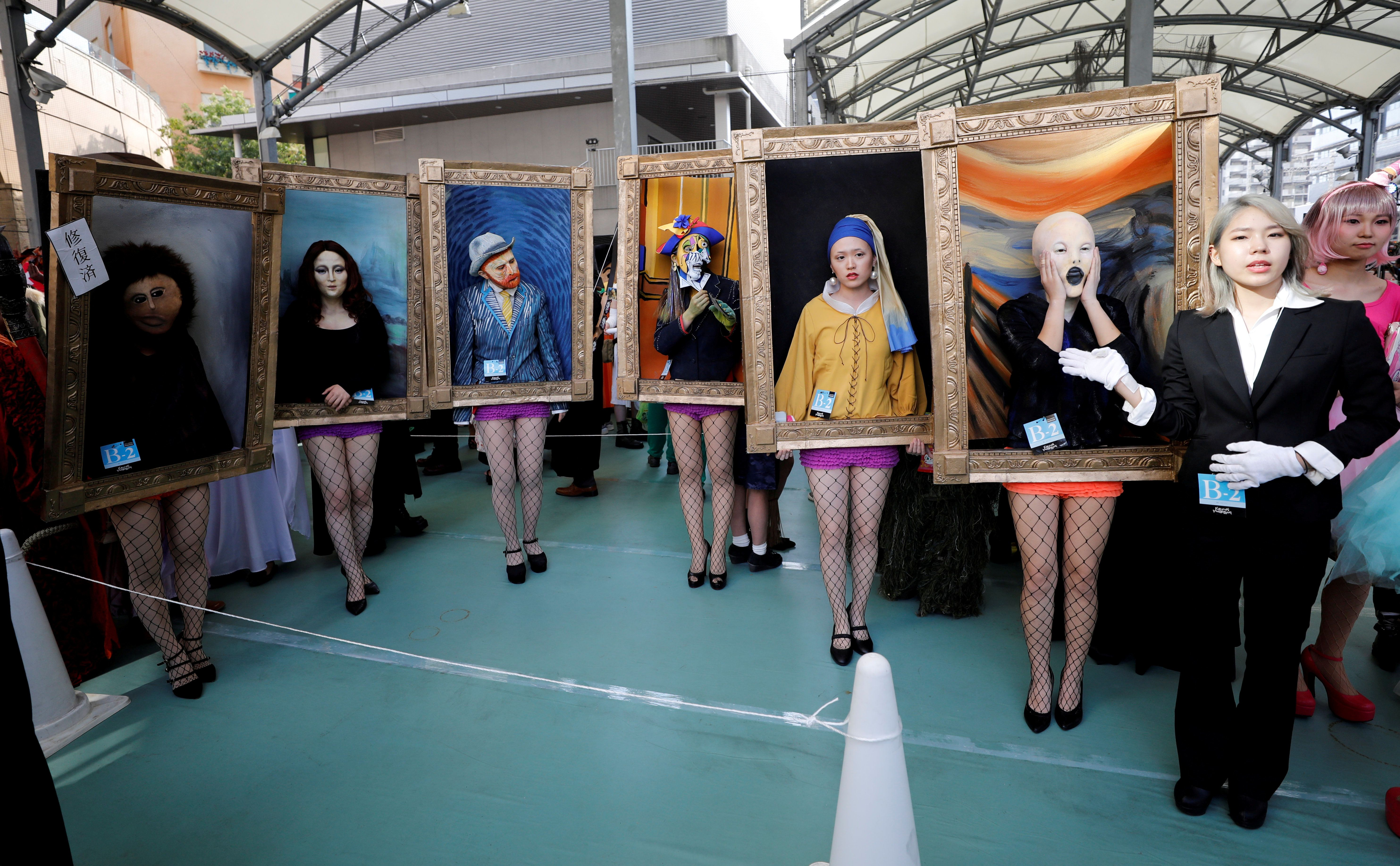 Halloween στην Ιαπωνία με Μόνα Λίζα, Πικάσο και