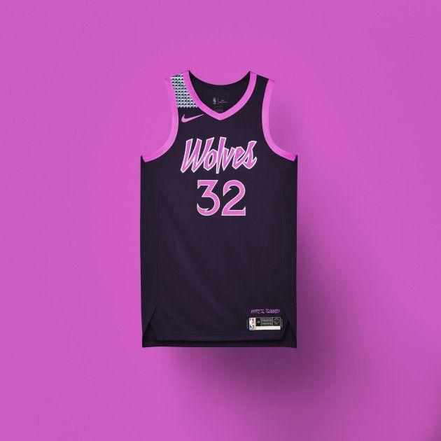 Le nouveau maillot aux couleurs de Prince de l'équipe des Timberwolves du