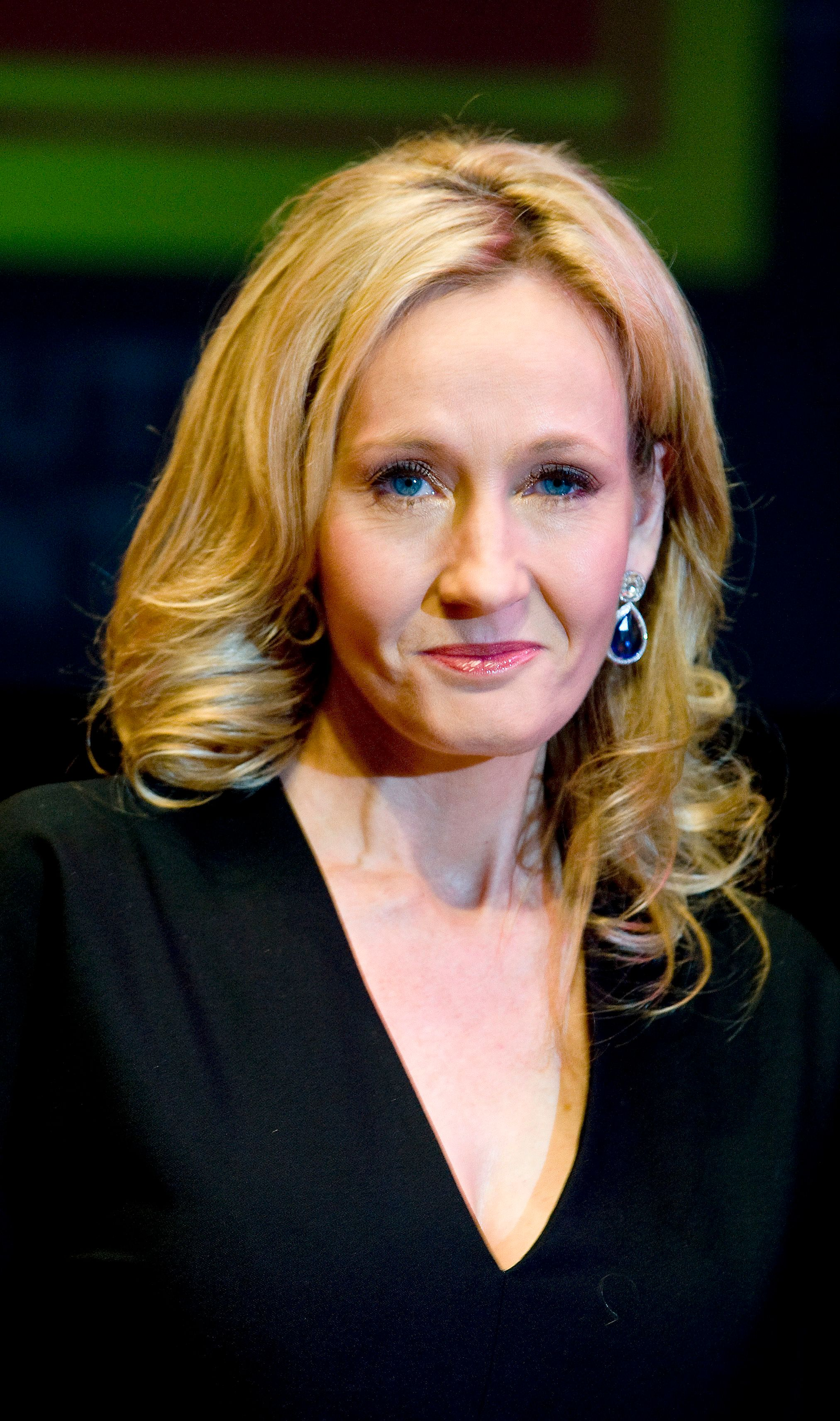 J.K Rowling Among 100 Writers And Activists Calling For UN Investigation Into Khashoggi