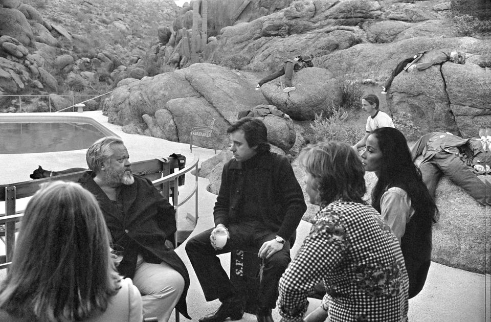 Cybill Shepherd, Orson Welles, Peter Bogdanovich, Gary Graver, Oja Kodar and Bill