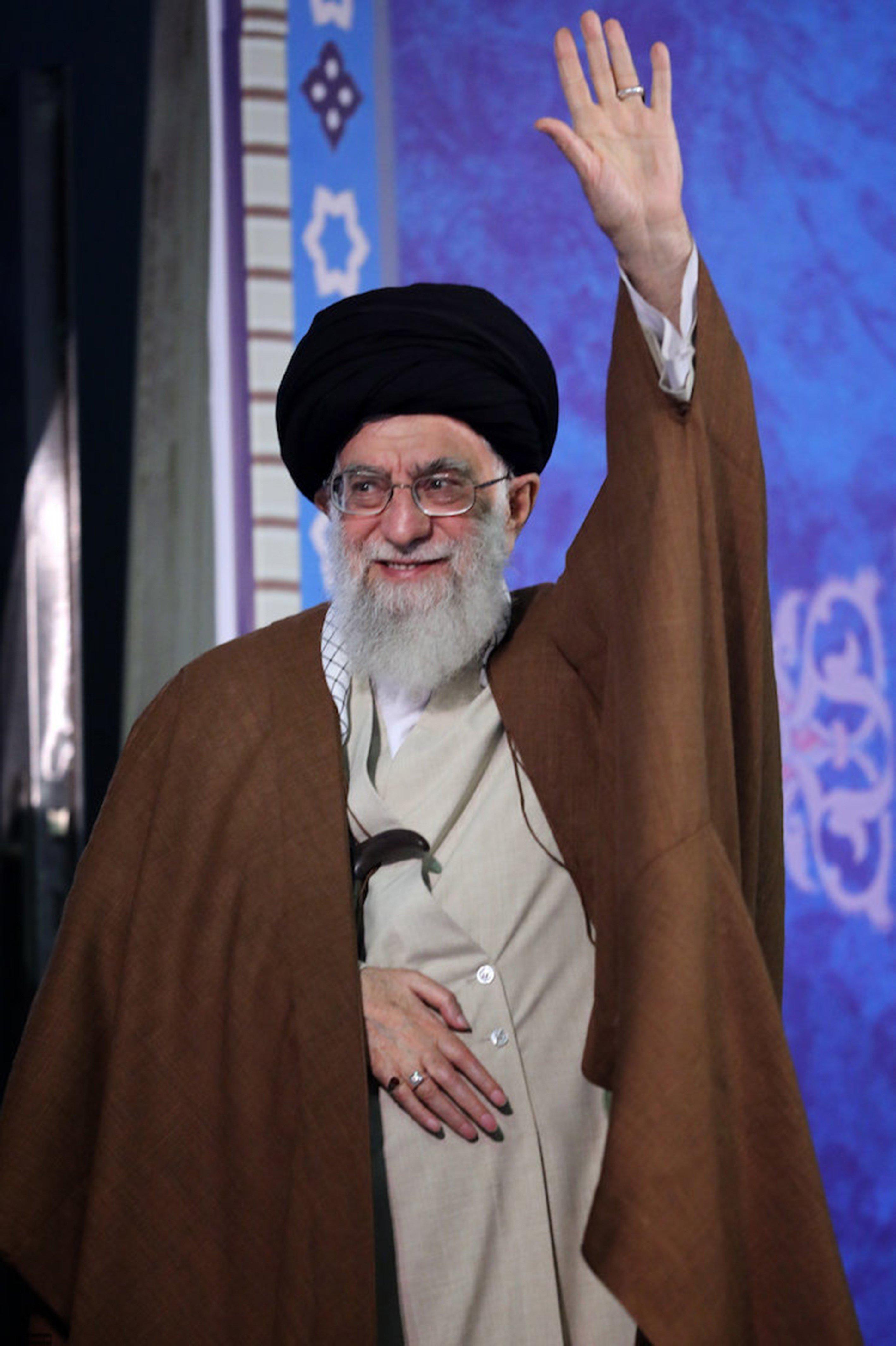 Αγιατολάχ Χαμενεΐ: Ο Τραμπ έχει πλήξει το κύρος των