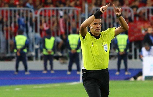 Finale de la Champions League africaine: La contre-performance de Mehdi Abid Charef suscite la colère...