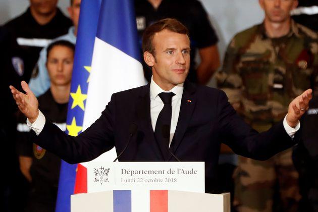 프랑스 극우 '국민연합'이 처음으로 마크롱의 정당을