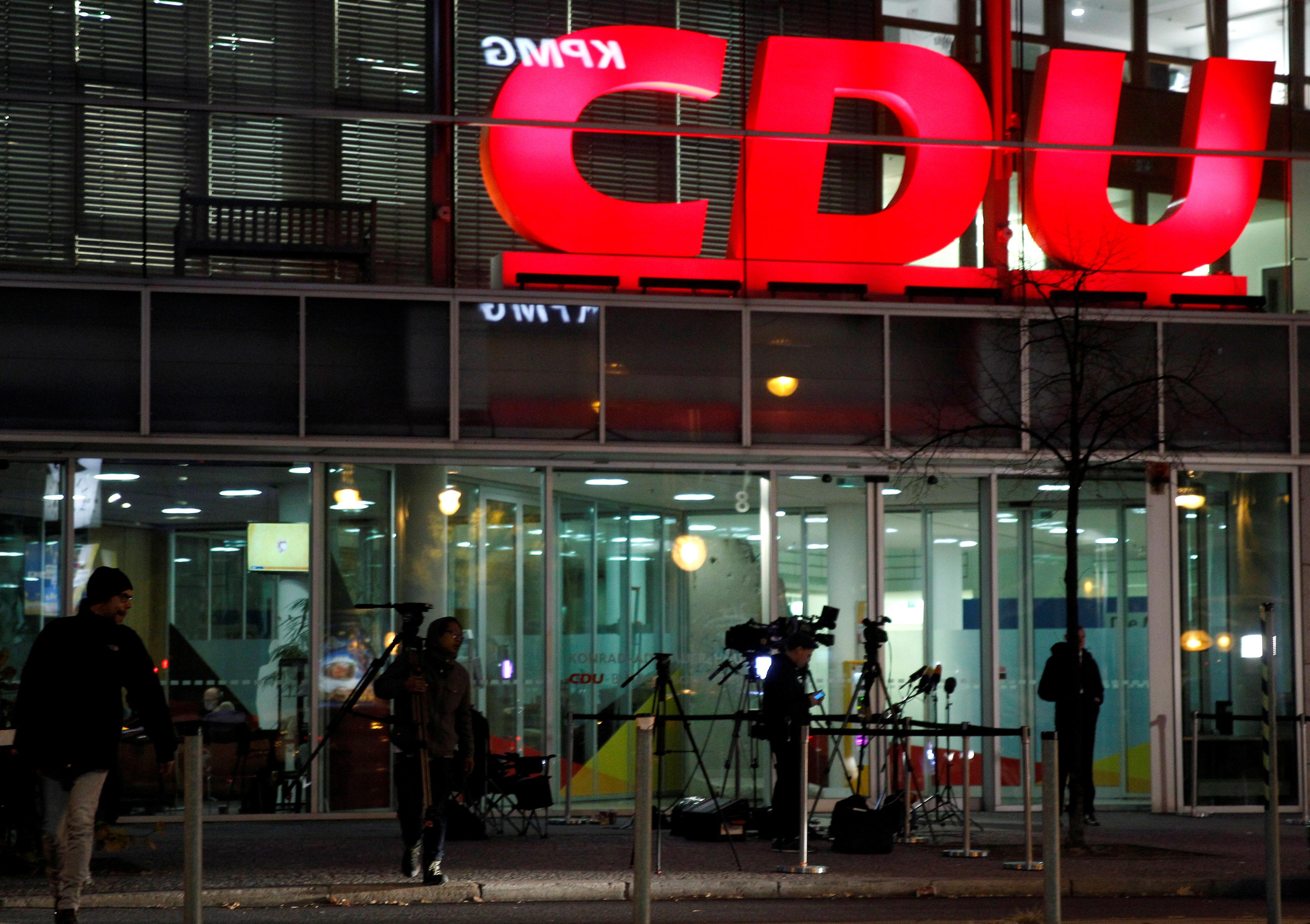 12 στελέχη του CDU θέλουν να διαδεχθούν τη Μέρκελ στην προεδρία του