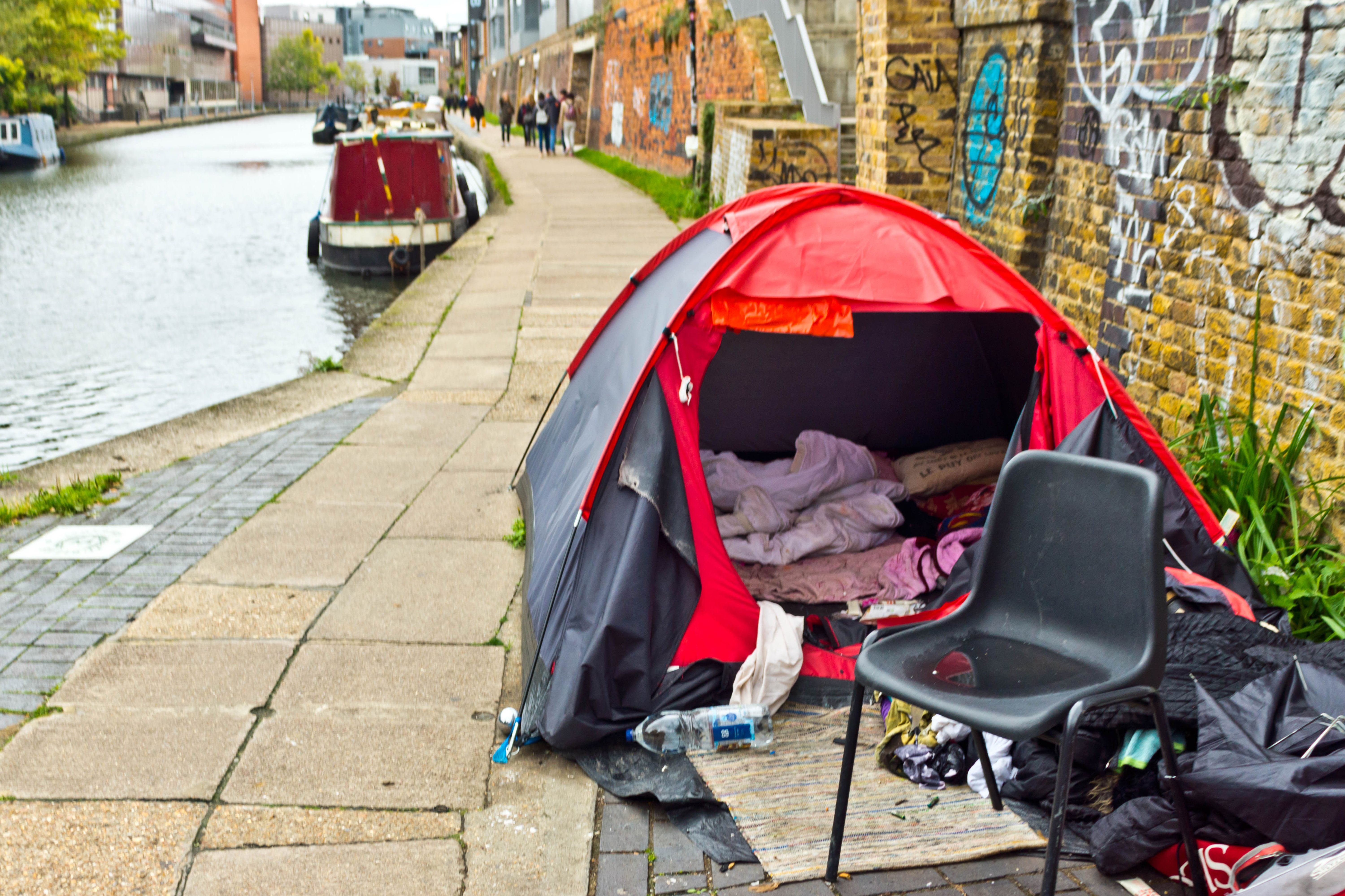 Forget Novelty Gifts, Secret Santa Present For The Homeless Really Makes A