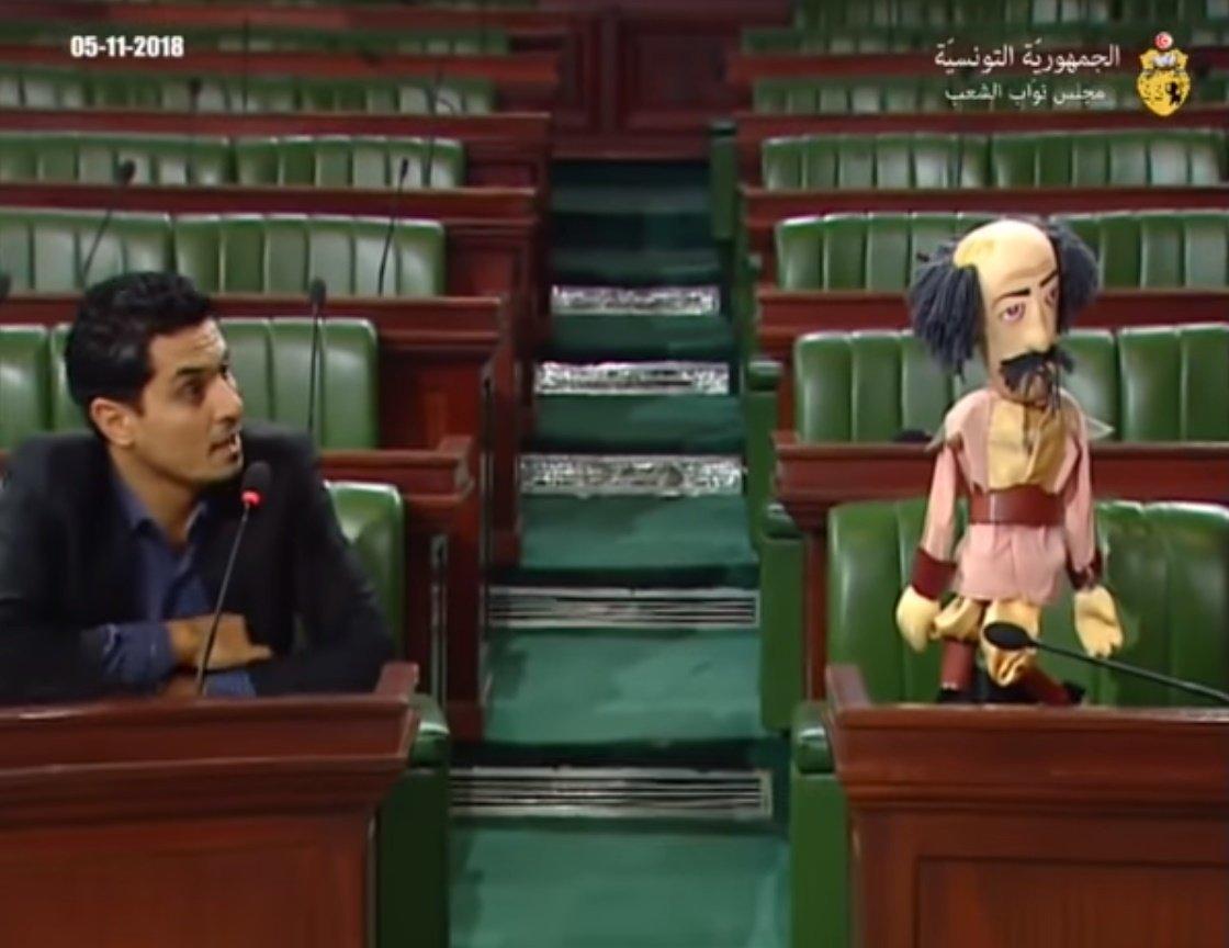 Le ministre des Affaires sociales s'absente d'une plénière qui lui est dédiée? Ce député le remplace...