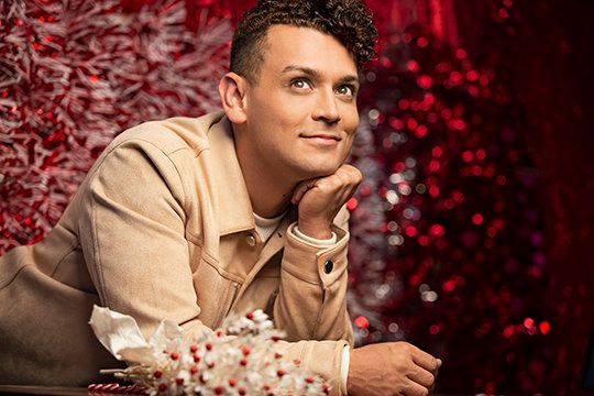 """Broadway's Michael Longoria will release his holiday album, """"Merry Christmas Darling,"""" on Nov. 9."""