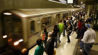 FBI investigates potential threat targeting Los Angeles metro train station