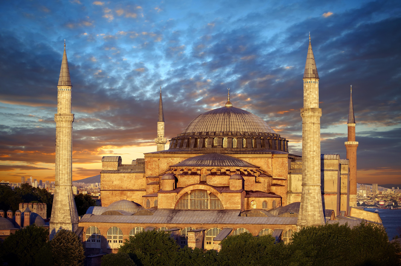 «Πώς κατάφερε η Βυζαντινή Αυτοκρατορία να επικρατήσει για έντεκα αιώνες;»