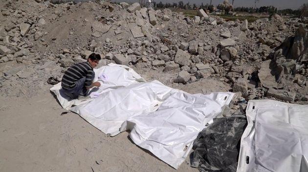 ΟΗΕ: Μέχρι και 12.000 νεκροί σε 200 ομαδικούς τάφους θυμάτων του ISIS που βρέθηκαν στο