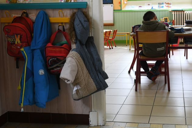 Εμπρός-Πίσω σε πόλη της Γαλλίας – Επέστρεψαν οι σχολικές