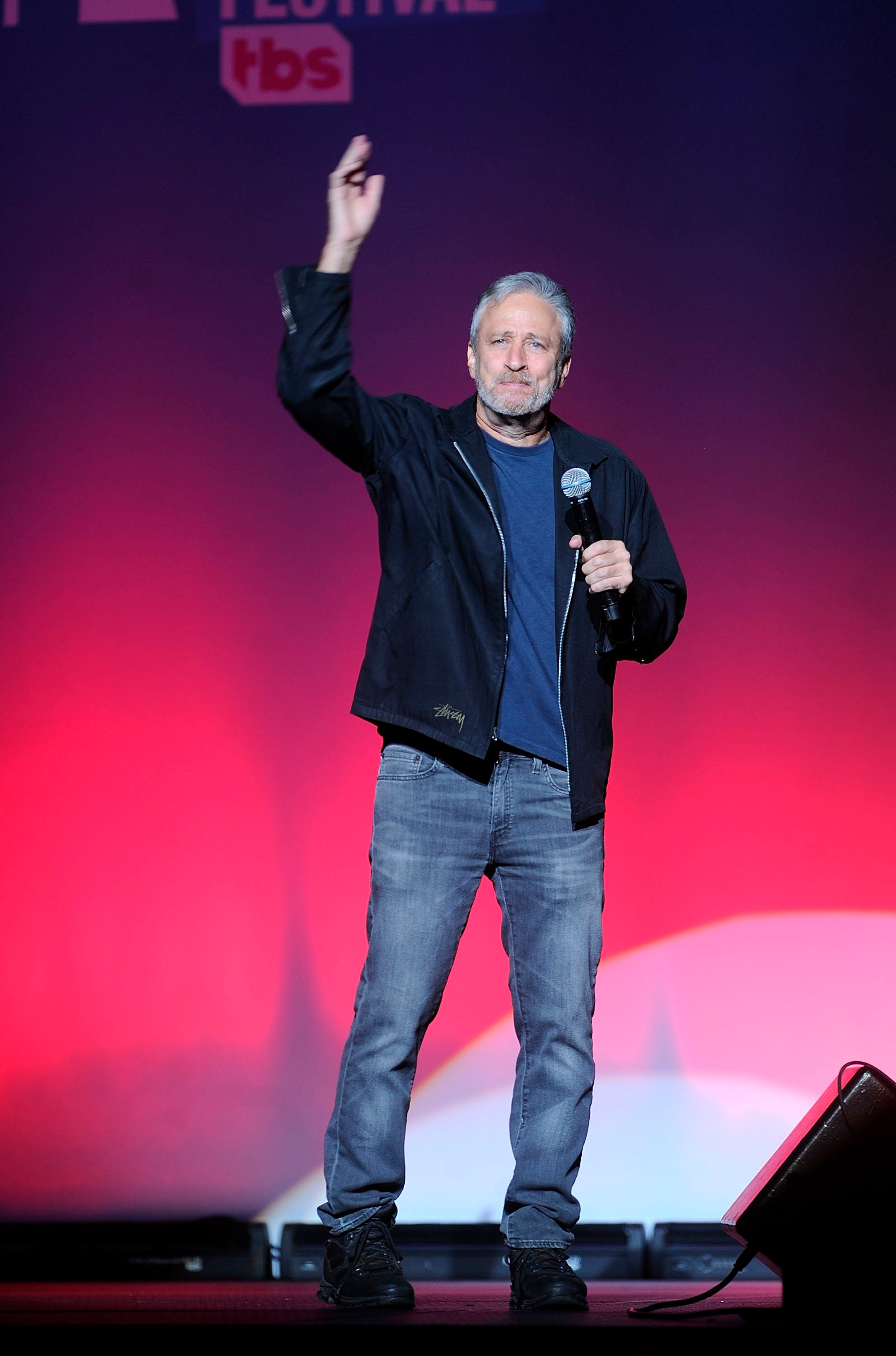 Jon Stewart attends the 12th annual Stand Up For Heroes benefit concert at the Hulu Theater at Madison Square Garden on Monday, Nov. 5, 2018, in New York. (Photo by Brad Barket/Invision/AP)