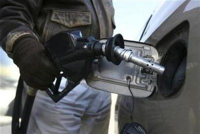 Gas Prices Chicago >> Chicago Gas Prices Drop Huffpost