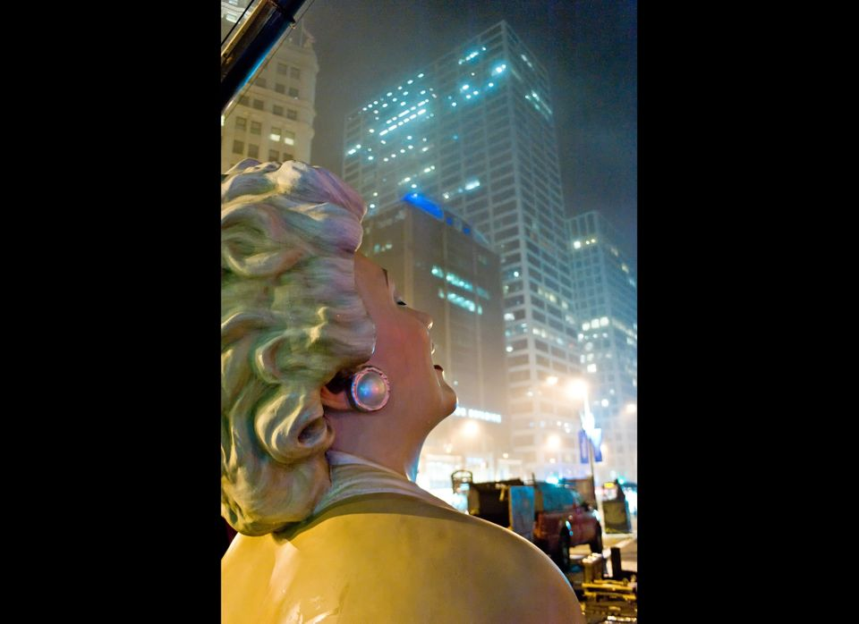 CHICAGO, IL - MAY 07:  The sculpture of Marilyn Monroe is dismantled as it prepares to travel to Palm Springs, California on