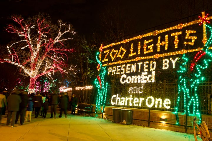 Lincoln Park Zoo Lights Ignite The Holiday Skies (PHOTOS) - Lincoln Park Zoo Lights Ignite The Holiday Skies (PHOTOS) HuffPost