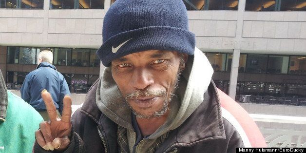National Pay It Forward Day: Viral Video Prompts Chicago Man's Act Of Kindness -- One Day