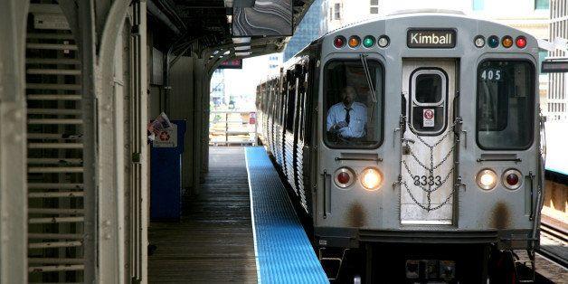 "<a href=""http://www.chicago-l.org/stations/lasalle-van_buren.html"" rel=""nofollow"">www.chicago-l.org/stations/lasalle-van_bure"